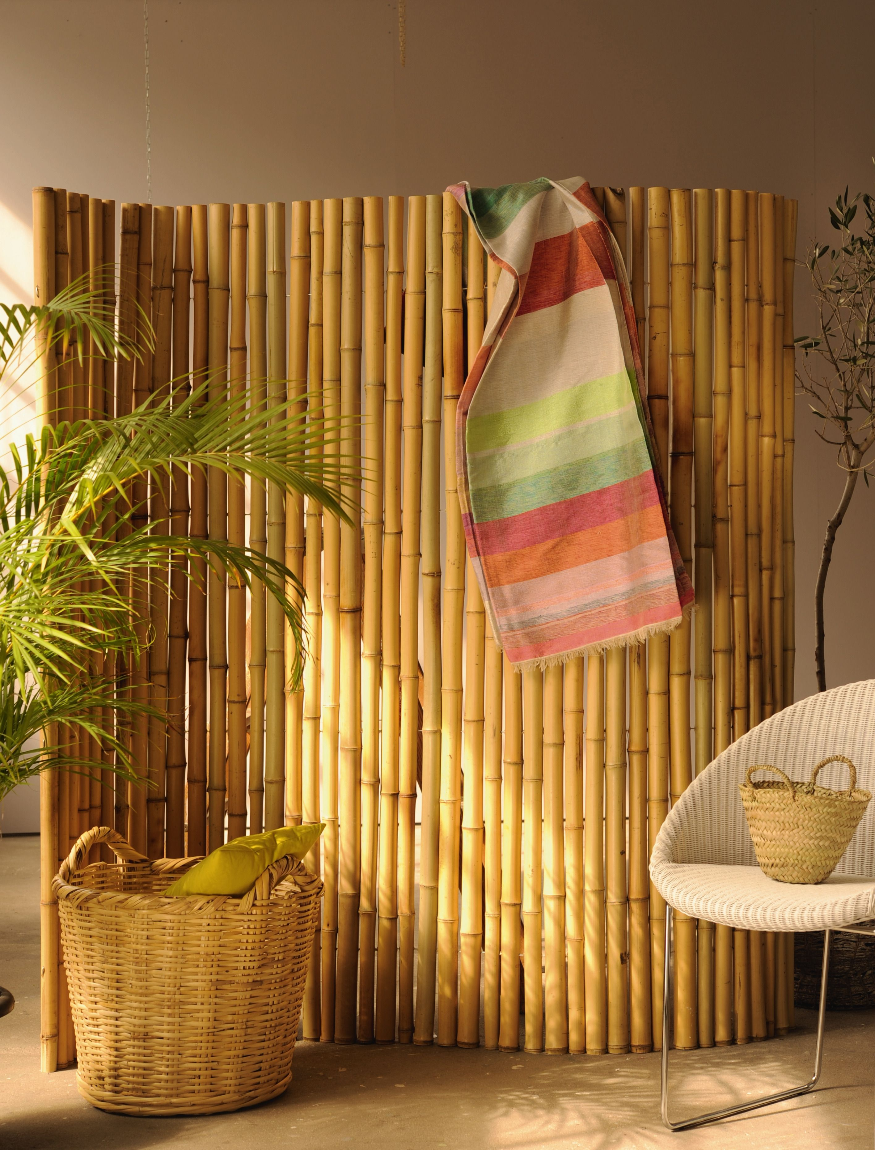 gefertigt aus Bambusstangen auf Bali, Raumteiler, Screen