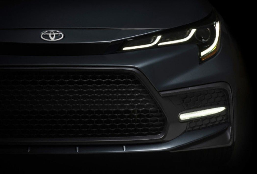 Redesigned Toyota Corolla To Be Revealed Soon Https Bit Ly 2b1nxpm Toyota Corolla