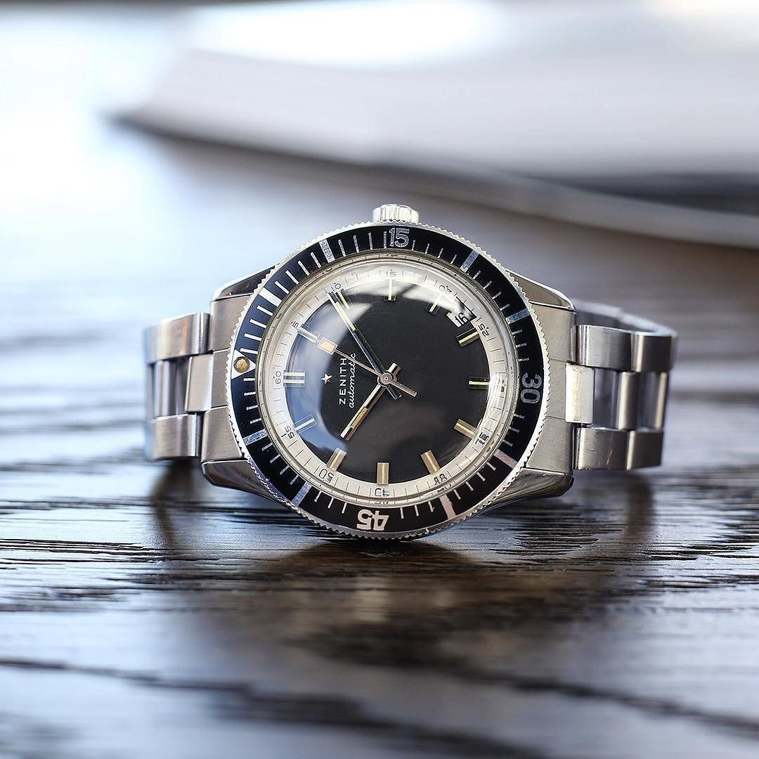 A classic zenithwatches A3630 Diver's Sub with rarer non