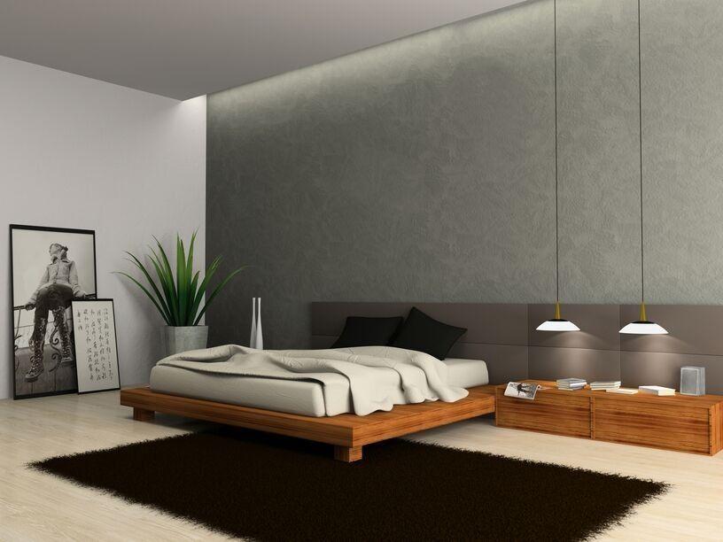 Dieses Master-Schlafzimmer unterstreicht seine hohen Decken und
