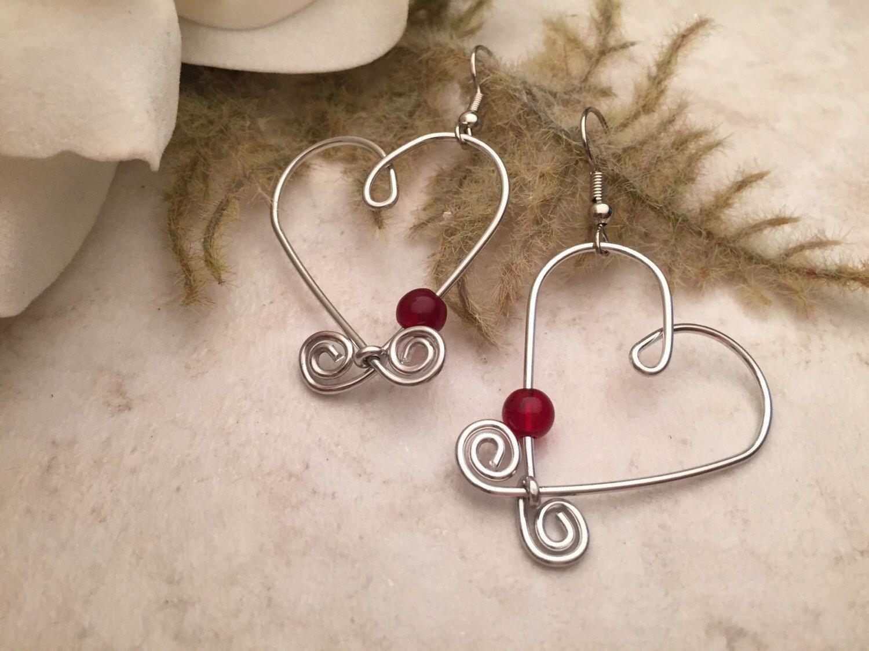 Aluminum Wire Earrings Heart Red Beads by TCbyRachel on Etsy https ...