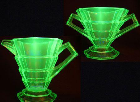 I love how real uranium vaseline glass glows under black light.