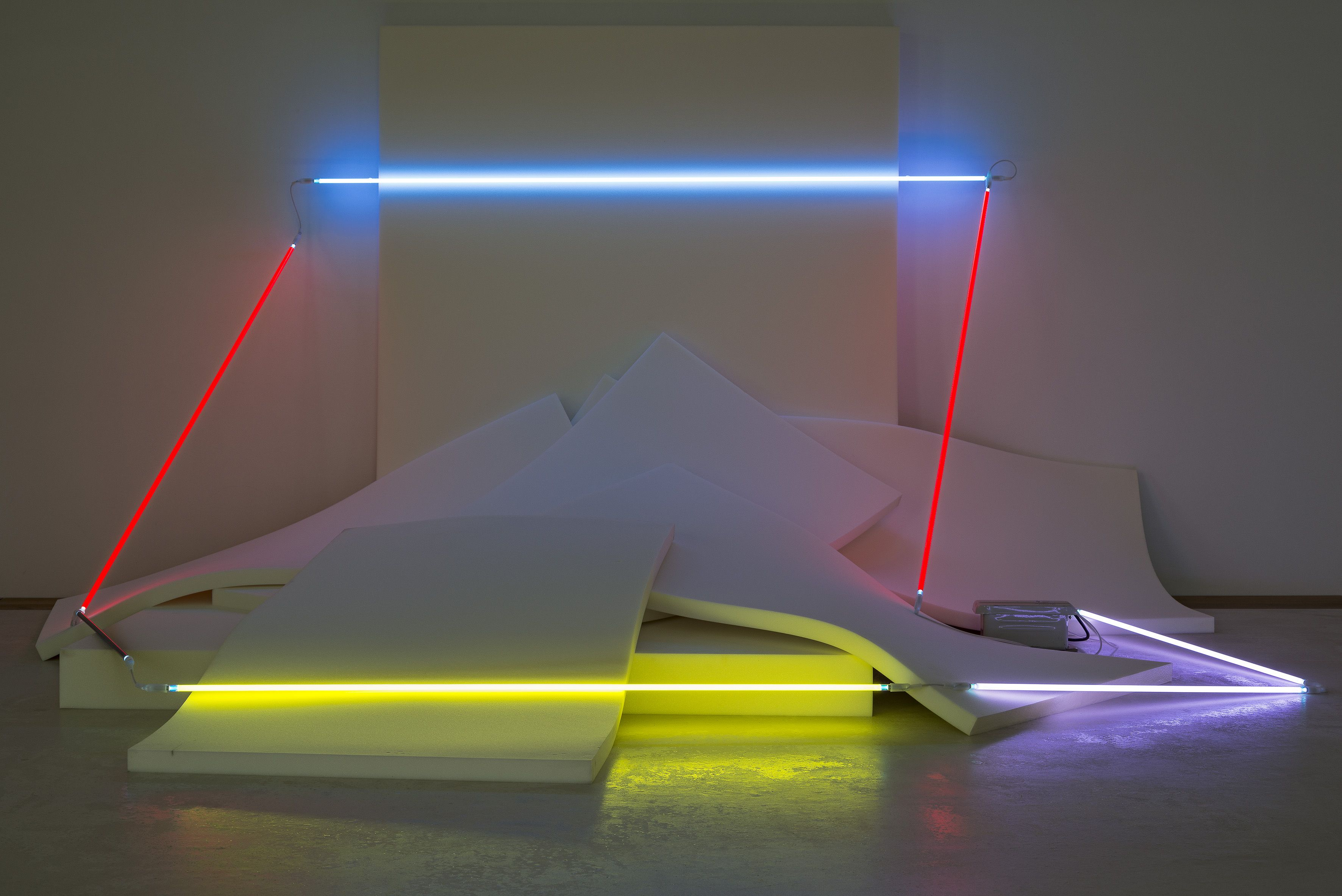 The Whitechapel Gallery presents Keith Sonnier: Light Works (10 June - 11 September 2016)