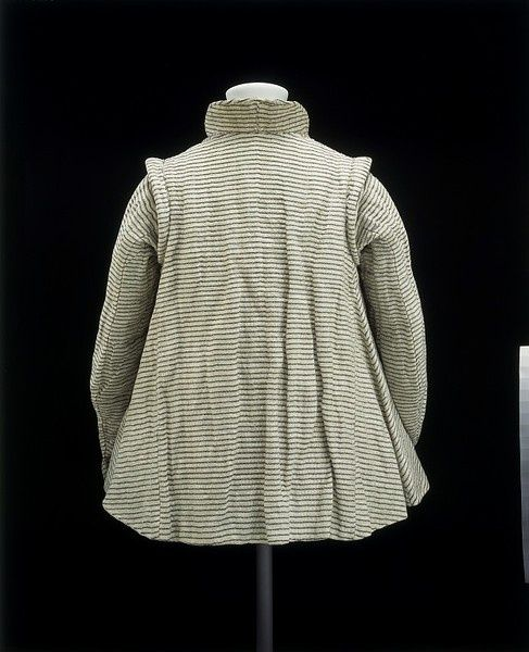 16th Century Dresses | Rear of Lady's Jacket | 16th Century clothing, accoutrement and hous ...