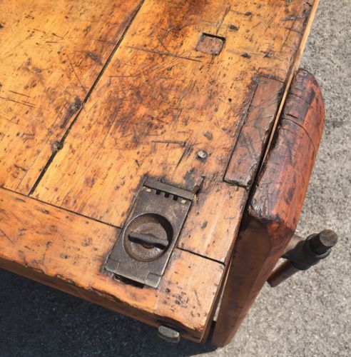 Admirable C 1890 Primitive Antique Workbench 2 Vice With Hidden Caraccident5 Cool Chair Designs And Ideas Caraccident5Info