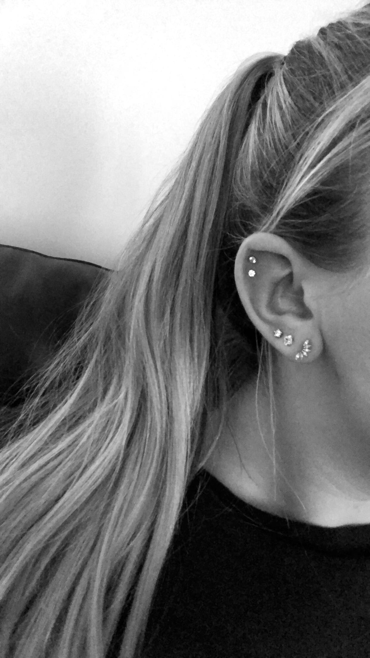 Ariana Grande Ear Piercings : ariana, grande, piercings, Piercing, Piercings,, Earings, Piercings