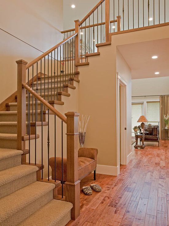Best Great Neutral Color Palette For Homeowners Looking To Sell Their Homes Oak Stairs 400 x 300