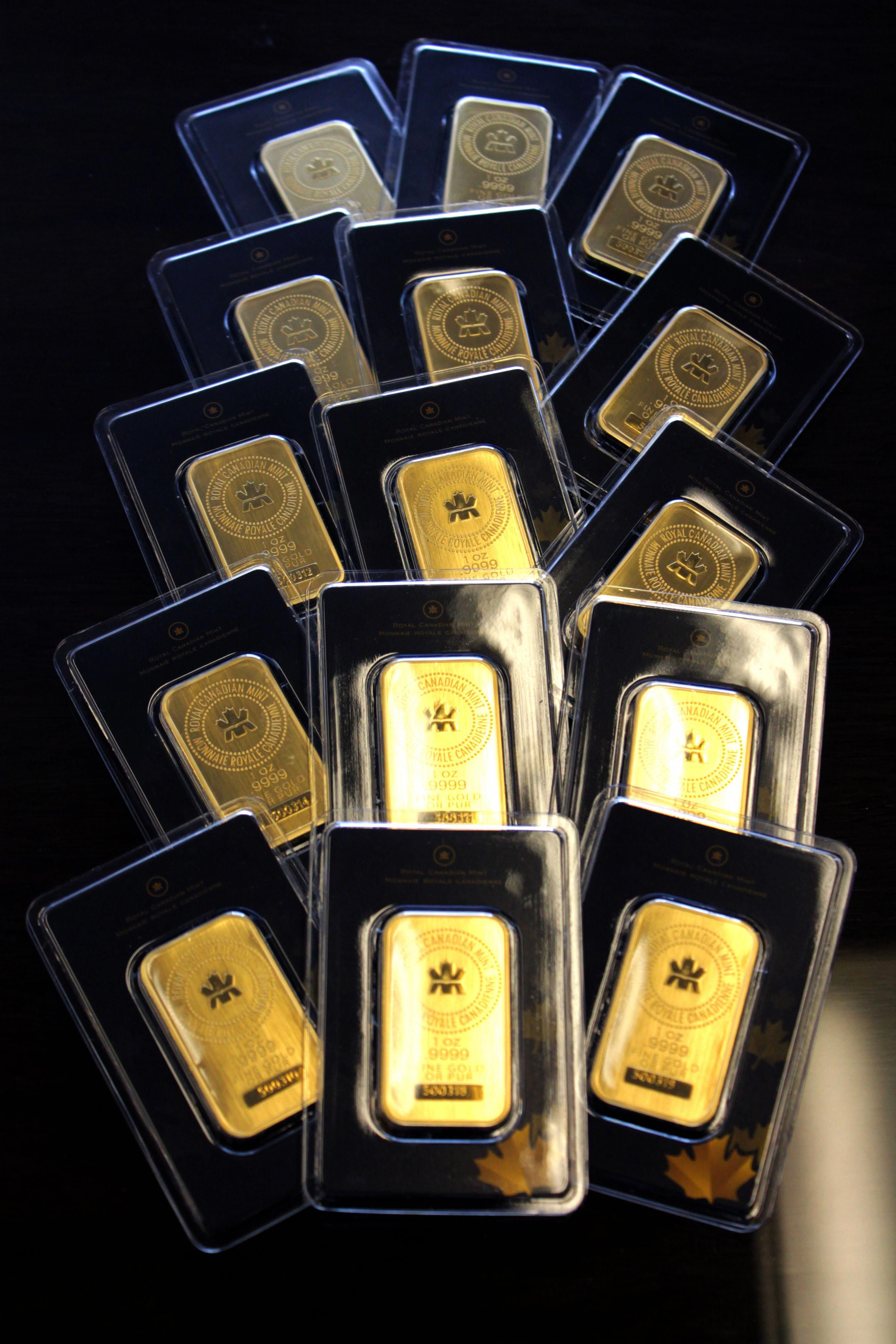 1 Oz Royal Canadian Mint Gold Wafer Bar Goldwafer Gold Finegold Goldbullion Gold Bullion Bars Gold Money Gold Bullion