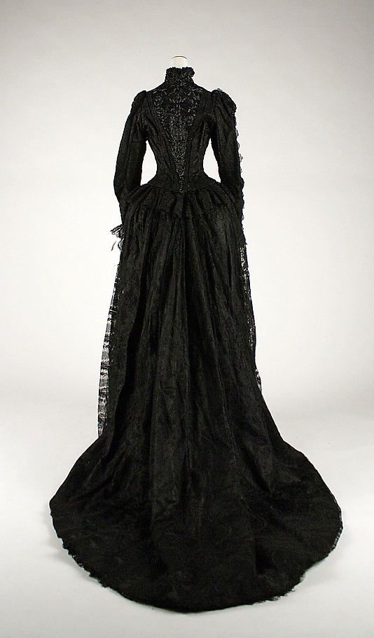 Evening dress 1880s - wouldn't this have been a mourning dress though? I understood black was only for mourning