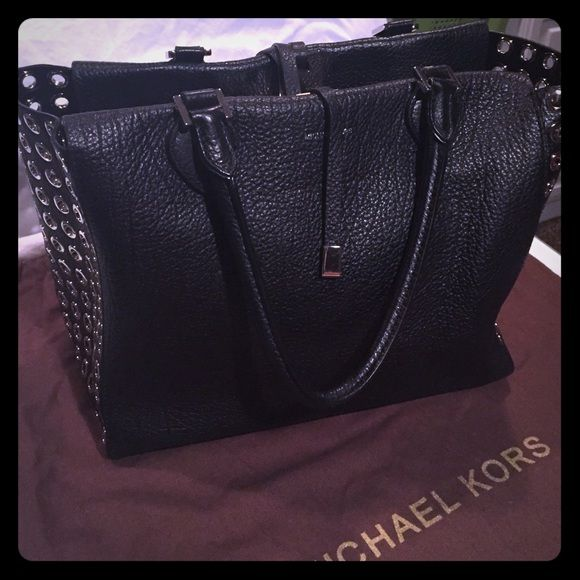 8839e930e2ef Black Michael Kors Miranda Tote with Grommets. Authentic Black leather Michael  Kors Tote with silver Grommets. 10