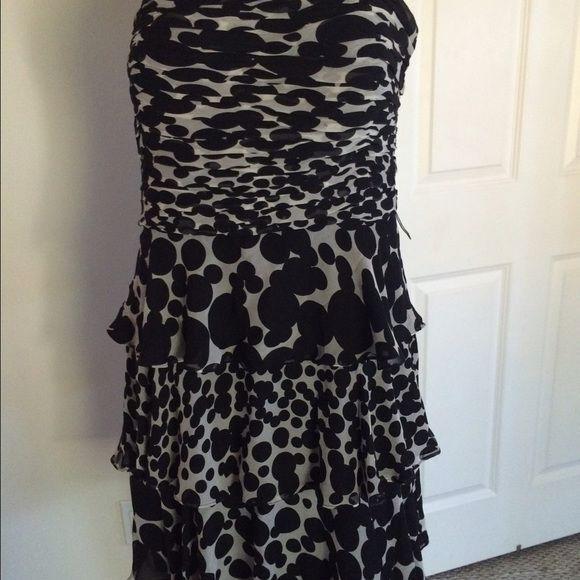 NEW Donna Morgan Silk Dress 🎀 Cocktail dress.   Please view my entire closet. Most of what I have are Brand Name items listed at over 70% OFF its original price. Most of what I offer are Brand New, Never worn Items. Most items that are not new are still in great condition. You will get a great deal on any of the 400 plus items I have listed.  Thank you! Donna Morgan Dresses Mini