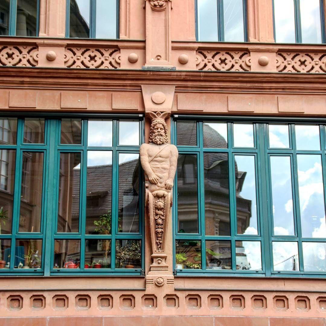 Hauswandgestaltung mit Spiegelbild   Halle   Pinterest   Spiegelbild ...