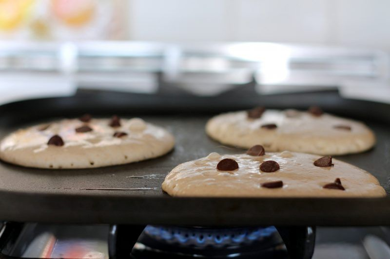 how to make chocolate chip pancakes without burning them