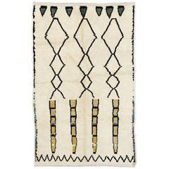 Contemporary Moroccan Wool Rug