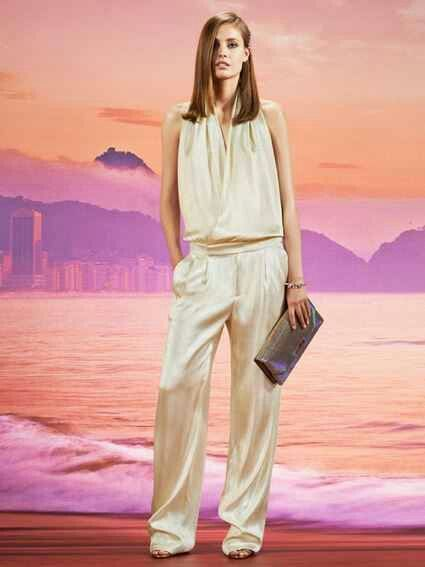 Love the wide leg pant look