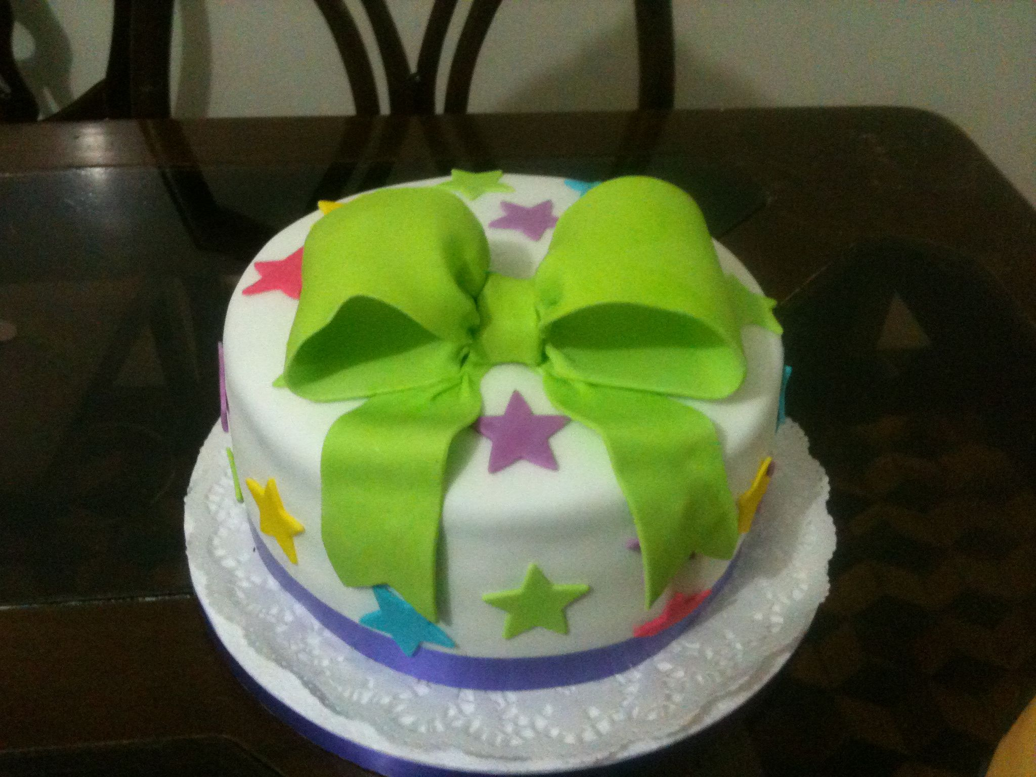 pastel con lazo