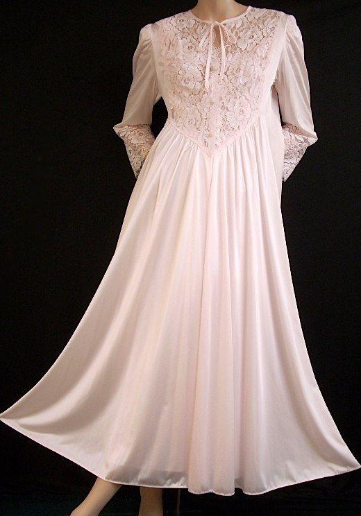 aa67d80b3a Olga Romantic Pink Ruffle Lace Robe