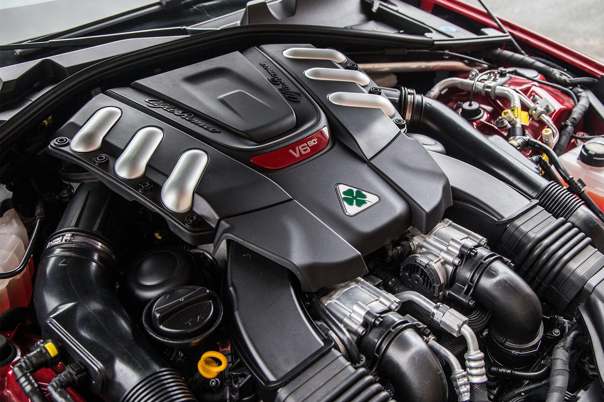 2017 alfa romeo giulia quadrifoglio engine detail v6 bi turbo autos alfa romeo cars. Black Bedroom Furniture Sets. Home Design Ideas