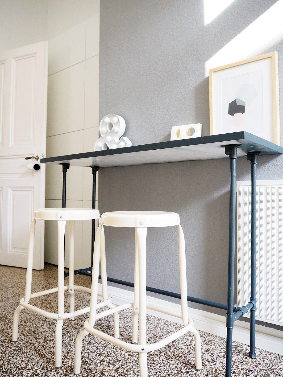 DIY-Bartisch aus Installationsrohren | Möbel | Bartisch, Tisch und ...
