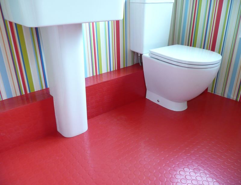 10 Rooms With Rubber Flooring Rubber Flooring Bathroom Rubber