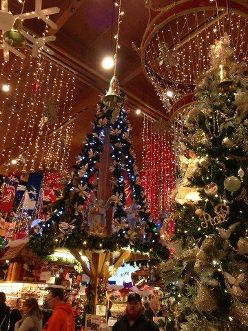 bronners christmas wonderland frankenmuth michigan