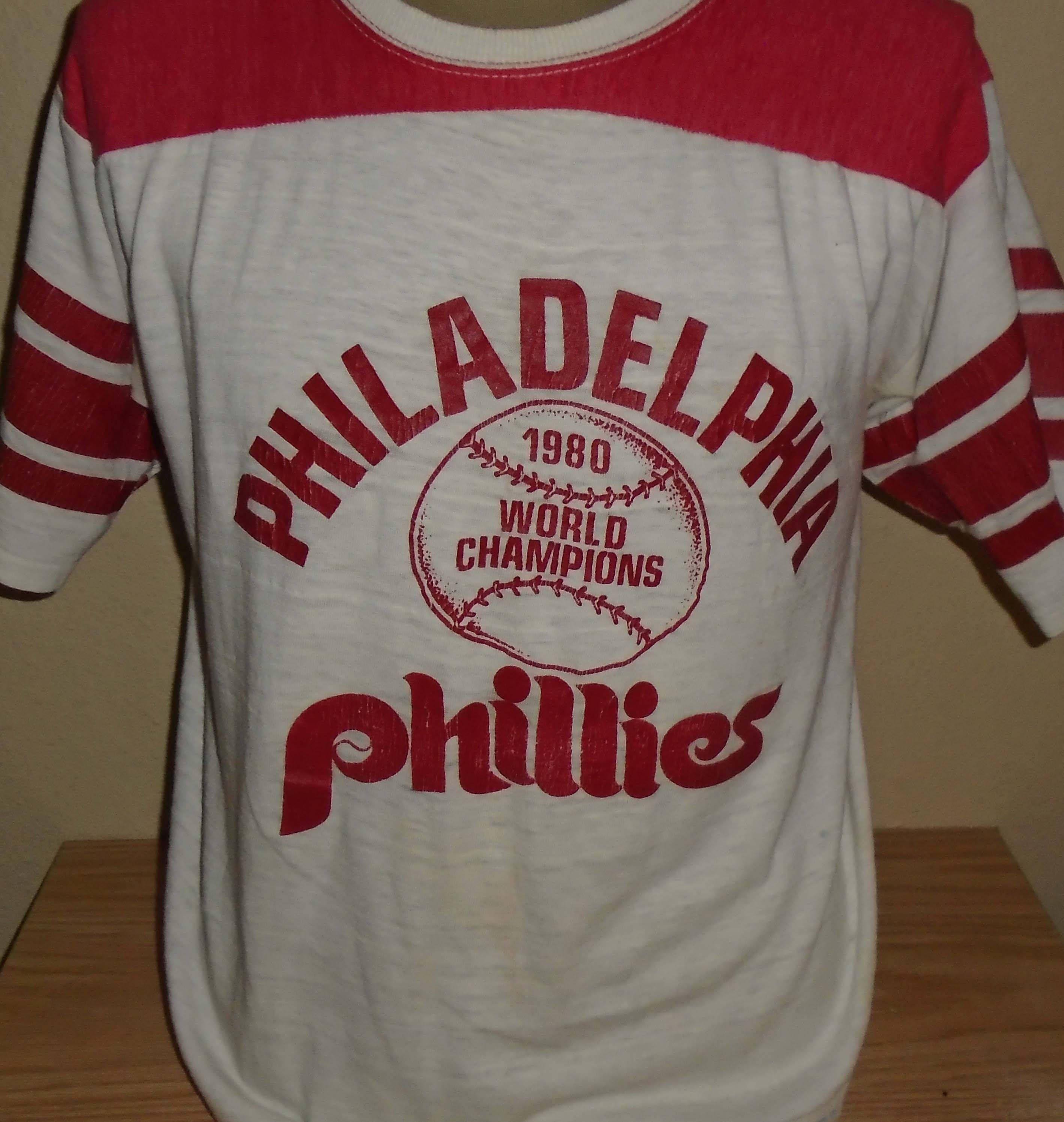 vintage 1980 Philadelphia Phillies world series t shirt XL by  vintagerhino247 on Etsy 580dfaee75d