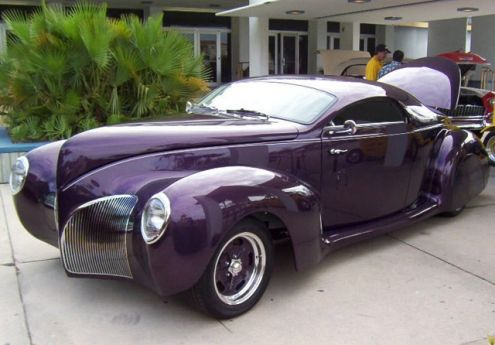 The Lincoln Zephyr Was Introduced In November 1935 As A 1936 Model