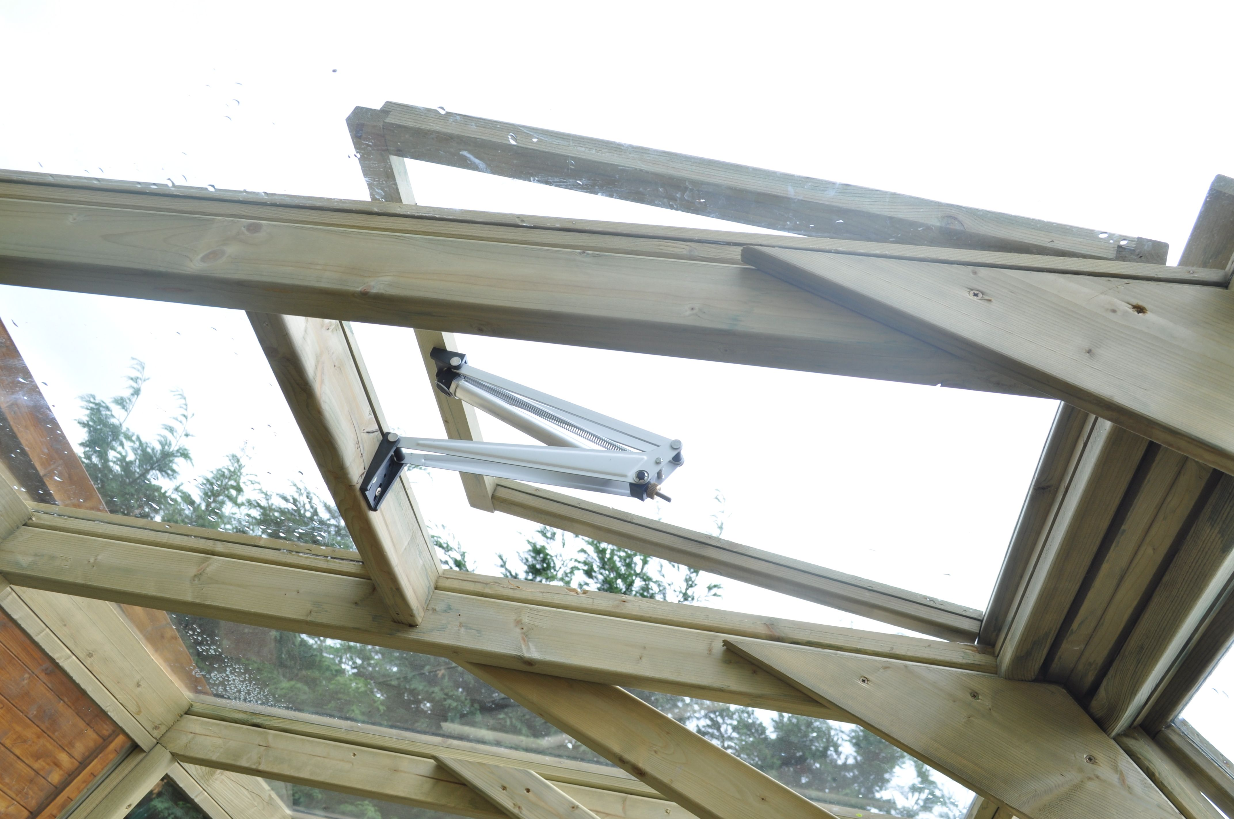 Add Temperature Sensitive Auto Opening Skylights To Your