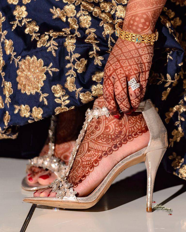 Indian Bride Wedding Shoes Hindu Gujarati Reception Ring Mendhi
