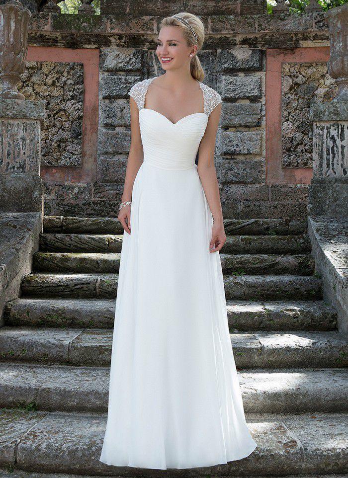 robe de mari e robe de mariage tenue demoiselle d. Black Bedroom Furniture Sets. Home Design Ideas