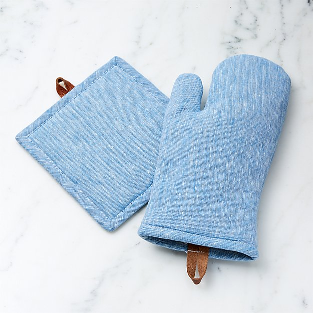 Chambray Blue Oven Mitt And Pot Holder