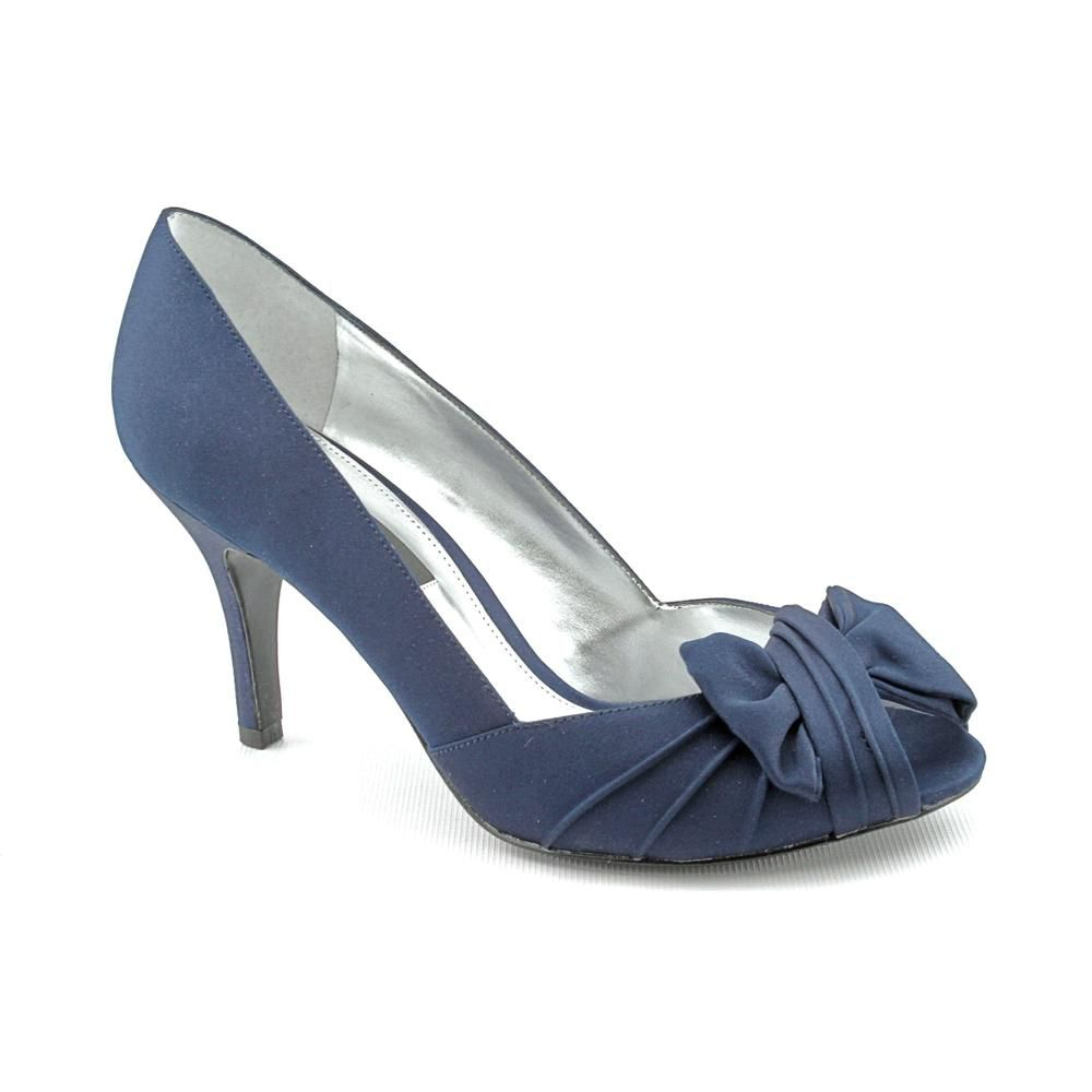 Nina Women's 'Forbes' Dress Shoes