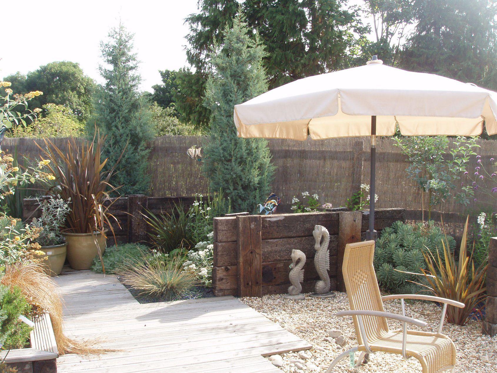 Nautical Themed Outside Garden Ideas Photograph | Nice, easy on Coastal Backyard Ideas id=38837