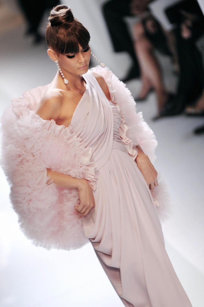 Valentino fashions pinterest gowns couture and haute