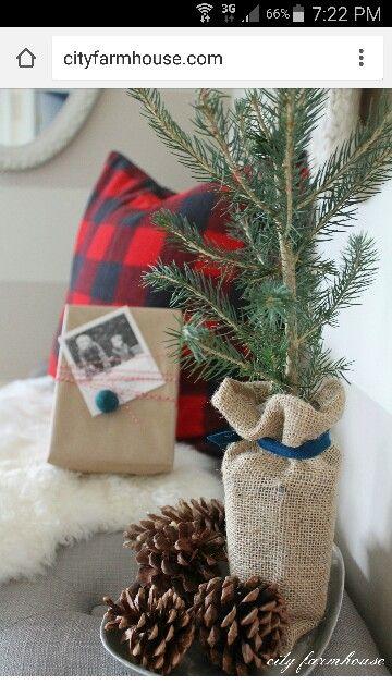 Festive simple decorating
