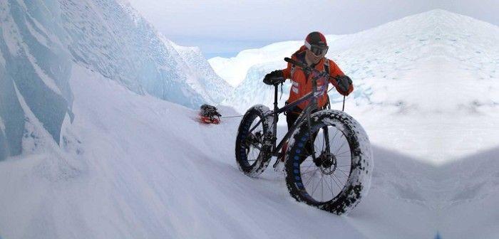Un español pretende conquistar la Antártida en bicicleta