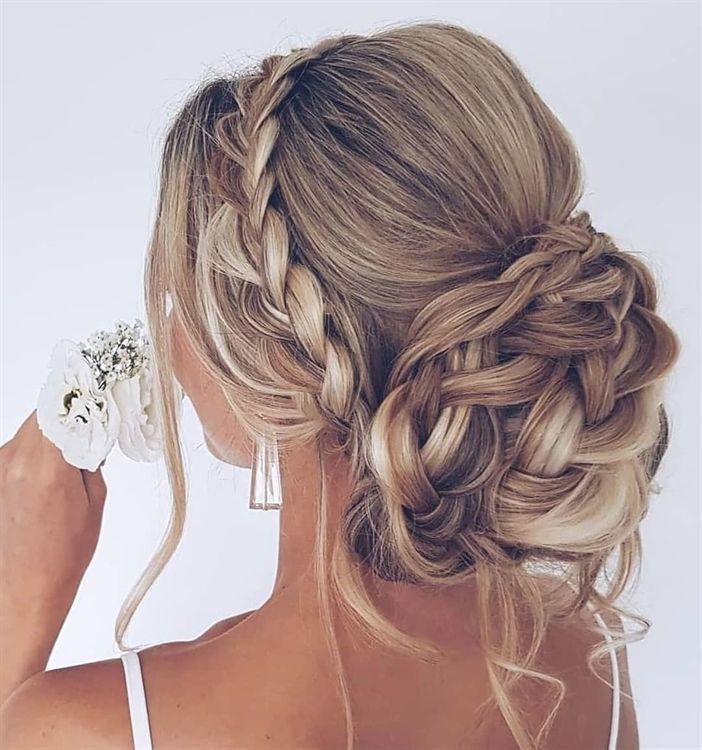 25   25 Hochsteckfrisuren Hochzeitsfrisuren für langes Haar Wir lieben ein roma…