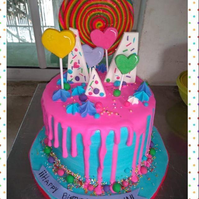 [New] The 10 Best Dessert Ideas Today (with Pictures) -  Caramelos dulzura y colores! hermoso y colorido pastel con tonos rosas azules que dan un toque mágico para este pastel delicioso pastel de maracuya con relleno de reducción de maracuya. Cliente satisfecha y muy feliz porque en la pastelería de Gaby lo hacemos todo con amor y esmero!! Cotiza ya el tuyo personalizado como quieras y sabor que quieras!!! #pinkcake #colorscake #heartpinkcake #delicious #foodporn #dripcake #chocolatecake #mexico