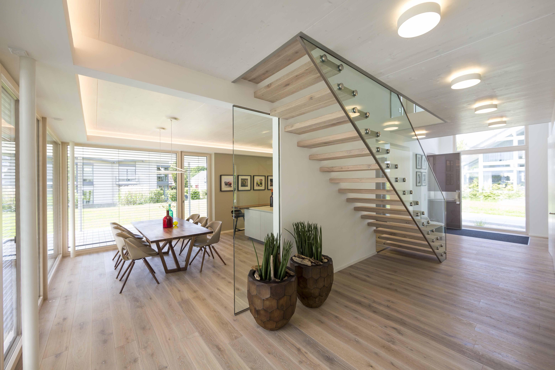 Der Individuellen Arkitura Planung Folgt Naturlich Auch Eine Uneingeschrankte Fertigung Der Speziell Fur Arkitura He Treppe Haus Treppen Innen Treppen Design