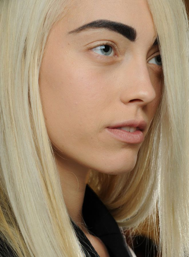 10 Makeup Mistakes Not To Make Blonde Hair Black Eyebrows Black