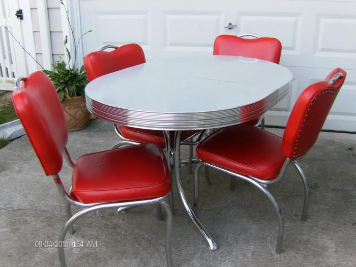 Buy Vintage 50 S 60 S Kitchen Table And Chairs At Furniture