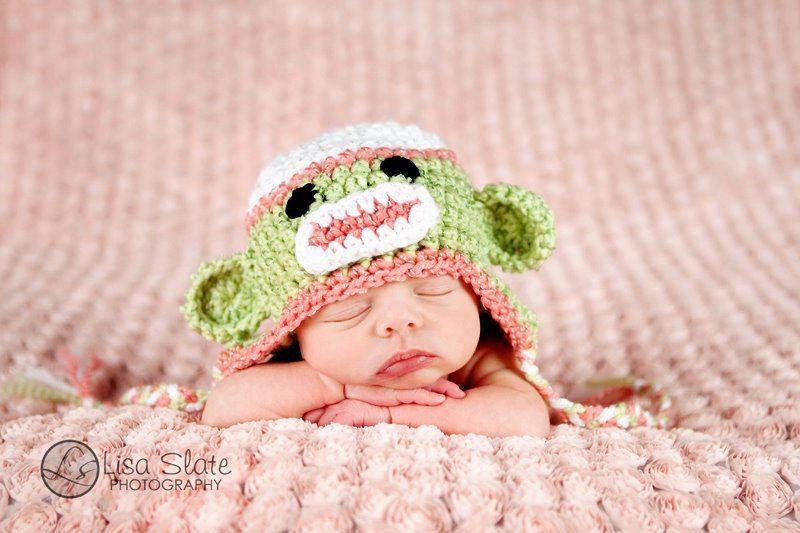 Pin de Jocelyne Boulay en sock monkey and baby bonnet | Pinterest