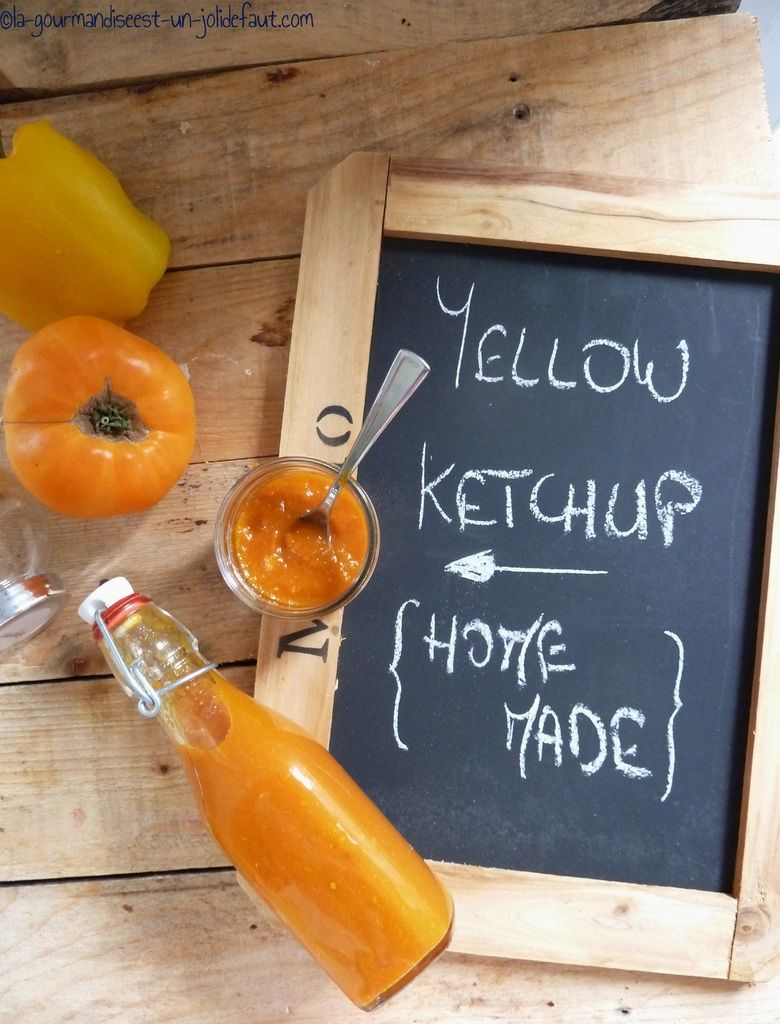 J'aime mon Grand Frais, j'y découvre toujours de nouvelles variétés de fruits et légumes qui alimentent mes délires culinaires. La dernière fois j'ai trouvé des tomates cœur de bœuf... jaunes... Comme j'avais prévue de refaire du ketchup maison, j'ai...