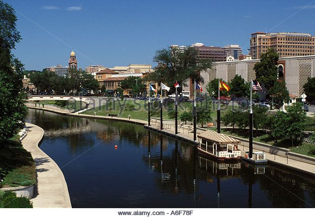 Country Club Plaza Stock Photos & Country Club Plaza Stock Images ...