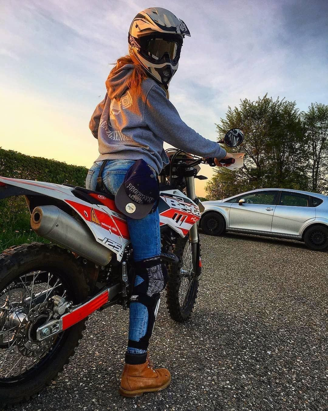 Letest Cars And Bikes Review With Images Dirt Bike Girl