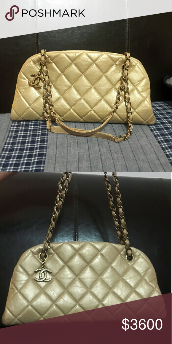 Chanel Bowling Handbag Authentic Chanel Bowling Bag Used Like New No Wear And Tear No Scratches Soft Golden Leather Comes With Dus Chanel Bowling Bags Bags