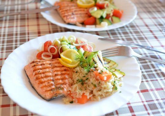 Slabeste sanatos cu dieta de 1.200 de calorii pe zi