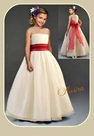 c865356b8 Resultado de imagen para vestido de niña rojo con blanco largo ...