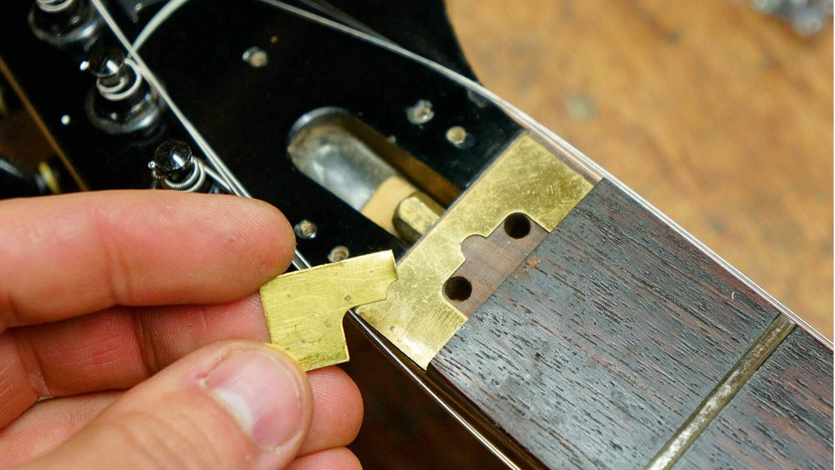 How To Set Your Floyd Rose S Locking Nut Height Luthier Guitar Slide Guitar Guitar