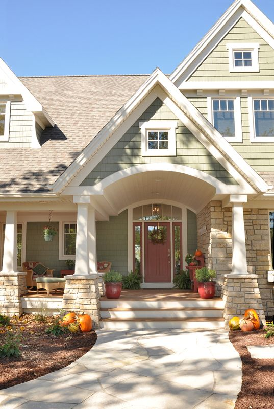Pumpkin Adorned Patios Decor Ideas House Exterior Craftsman House Craftsman Style Homes